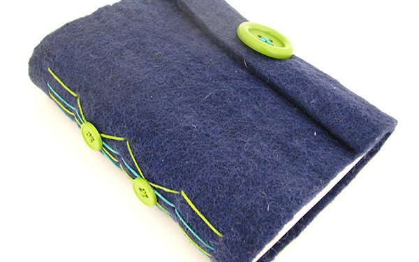Simple Long Stitch Journal with Felt Cover and Buttons
