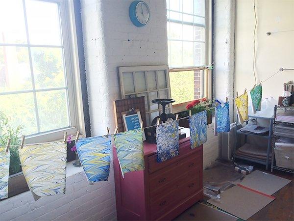 Marbling in Studio