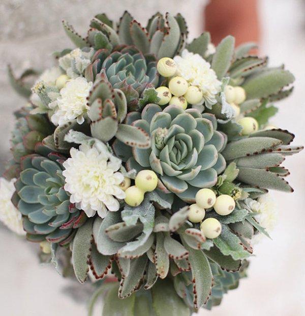 Wedding Flowers In February: Winter Wedding Idea: Succulents