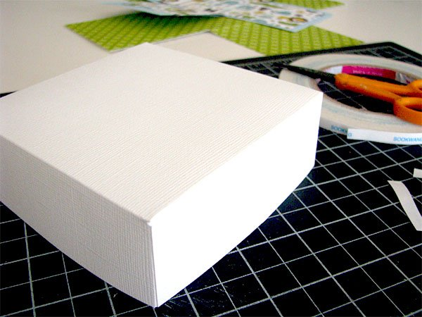 Tutorial How To Make A Scrapbook In A Box