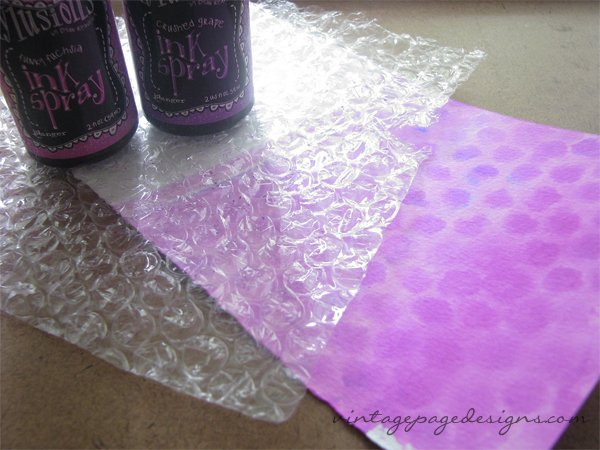 Dylusions Watercolor Wash with Bubble Wrap