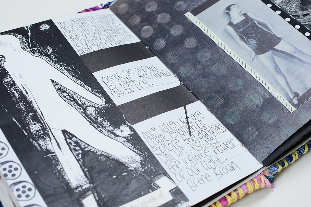 Black and White Junk Journal 1 | Vintage Page Designs