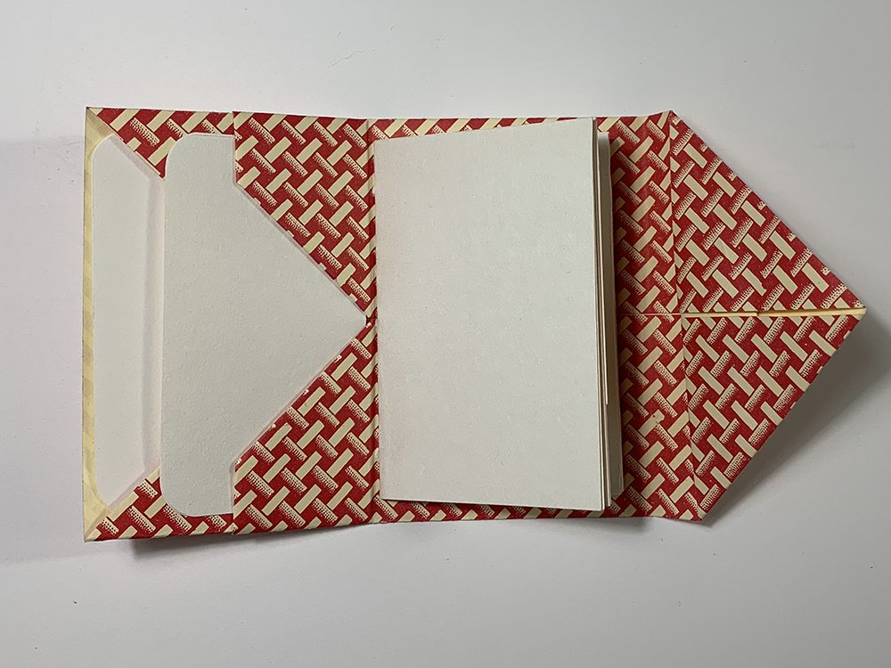 Diagonal Pocket by Jane Nieman | Vintage Page Designs