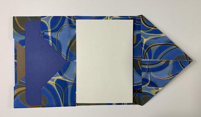 Diagonal Pocket by Jane Nieman | Vintage Page Designs